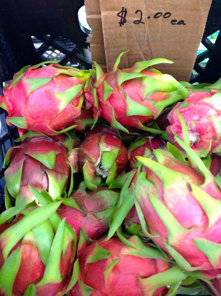 Dragon.Fruit.in.Crate